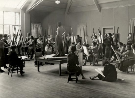 Photo of a life drawing class