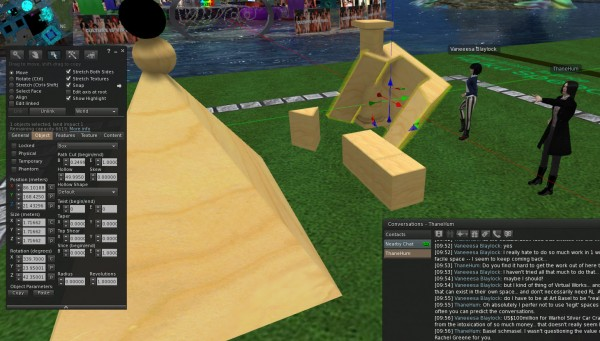 avatars in a sandbox twisting prims